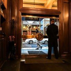 Blakely New York Hotel гостиничный бар