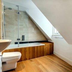 Отель Pont Street Mews Townhouse Великобритания, Лондон - отзывы, цены и фото номеров - забронировать отель Pont Street Mews Townhouse онлайн ванная фото 2
