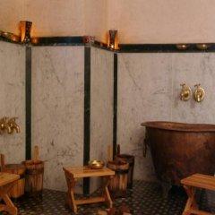 Отель Oum Palace Hotel & Spa Марокко, Касабланка - отзывы, цены и фото номеров - забронировать отель Oum Palace Hotel & Spa онлайн бассейн