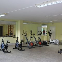 Hotel Esplendid фитнесс-зал