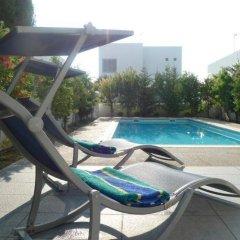 Отель Villa Centrum Кипр, Протарас - отзывы, цены и фото номеров - забронировать отель Villa Centrum онлайн бассейн