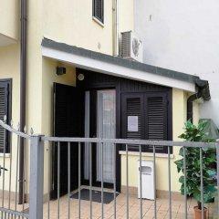 Отель Alloggi Centrale Италия, Абано-Терме - отзывы, цены и фото номеров - забронировать отель Alloggi Centrale онлайн балкон