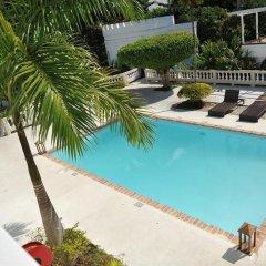Отель Syrynity Palace Ямайка, Монтего-Бей - отзывы, цены и фото номеров - забронировать отель Syrynity Palace онлайн бассейн