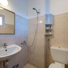 Отель Onar Rooms & Studios Греция, Остров Санторини - отзывы, цены и фото номеров - забронировать отель Onar Rooms & Studios онлайн ванная