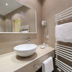 Отель Design Hotel Stadt Rosenheim Германия, Мюнхен - отзывы, цены и фото номеров - забронировать отель Design Hotel Stadt Rosenheim онлайн ванная фото 2