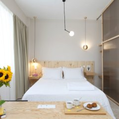 Отель Live in Athens Acropolis Suites комната для гостей фото 2