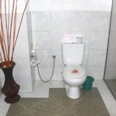 Отель Haus Berlin Шри-Ланка, Бентота - отзывы, цены и фото номеров - забронировать отель Haus Berlin онлайн ванная