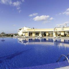 Отель Menorca Sea Club Испания, Кала-эн-Бланес - отзывы, цены и фото номеров - забронировать отель Menorca Sea Club онлайн бассейн фото 3
