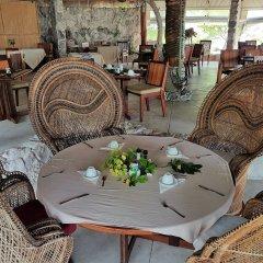 Отель Tikehau Pearl Beach Resort питание