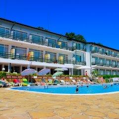 Kini Park Hotel All Inclusive бассейн