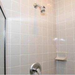 DC International Hostel 1 ванная фото 2