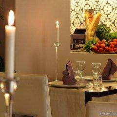 Отель Holiday Inn Genoa City Генуя питание фото 3
