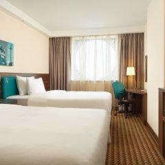 Отель Хэмптон бай Хилтон Санкт-Петербург Экспофорум комната для гостей фото 3