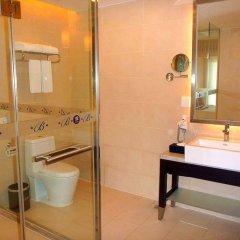 Отель Century Plaza Hotel Китай, Шэньчжэнь - отзывы, цены и фото номеров - забронировать отель Century Plaza Hotel онлайн ванная фото 2