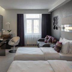 Гостиница Дизайн-отель 11 Mirrors Украина, Киев - 11 отзывов об отеле, цены и фото номеров - забронировать гостиницу Дизайн-отель 11 Mirrors онлайн комната для гостей фото 2