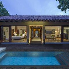 Отель Anantara Kalutara Resort Шри-Ланка, Калутара - отзывы, цены и фото номеров - забронировать отель Anantara Kalutara Resort онлайн бассейн фото 2