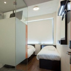 Отель easyHotel Amsterdam City Centre South Нидерланды, Амстердам - 2 отзыва об отеле, цены и фото номеров - забронировать отель easyHotel Amsterdam City Centre South онлайн комната для гостей фото 3