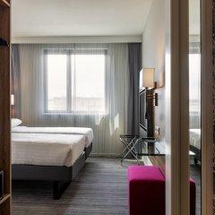 Отель Moxy Milan Linate Airport Италия, Сеграте - отзывы, цены и фото номеров - забронировать отель Moxy Milan Linate Airport онлайн комната для гостей фото 5