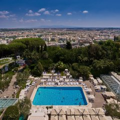 Отель Rome Cavalieri, A Waldorf Astoria Resort бассейн фото 2