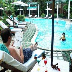 Отель Silk Path Grand Hue Hotel & Spa Вьетнам, Хюэ - отзывы, цены и фото номеров - забронировать отель Silk Path Grand Hue Hotel & Spa онлайн бассейн фото 2