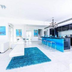 Отель Villa Mermaid Кипр, Протарас - отзывы, цены и фото номеров - забронировать отель Villa Mermaid онлайн бассейн фото 3