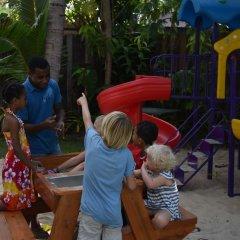 Отель First Landing Beach Resort & Villas детские мероприятия фото 2