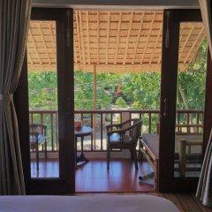 Отель Red Flower Cottages Homestay балкон