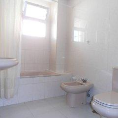 Отель Apartamentos Mary Испания, Фуэнхирола - отзывы, цены и фото номеров - забронировать отель Apartamentos Mary онлайн ванная