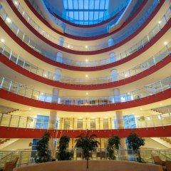 Отель Crystal Admiral Resort Suites & SPA – All Inclusive Ченгер интерьер отеля