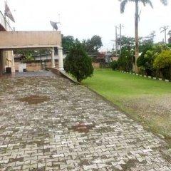 Отель Calabar Grand Hotel Нигерия, Калабар - отзывы, цены и фото номеров - забронировать отель Calabar Grand Hotel онлайн парковка