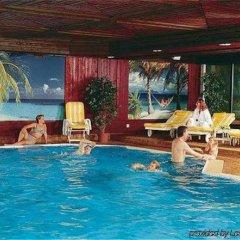 DORMERO Hotel Hannover бассейн