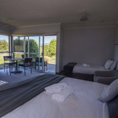 Fiordland National Park Lodge In Te Anau New Zealand From