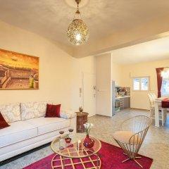 Sweet Inn Apartments - Ben Maimon 19 Израиль, Иерусалим - отзывы, цены и фото номеров - забронировать отель Sweet Inn Apartments - Ben Maimon 19 онлайн комната для гостей