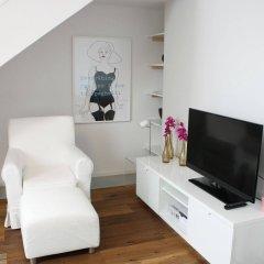 Отель GoVienna Penthouse Apartment Австрия, Вена - отзывы, цены и фото номеров - забронировать отель GoVienna Penthouse Apartment онлайн комната для гостей фото 4