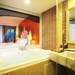 Отель Chillax Resort Бангкок ванная