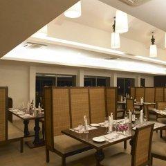 Отель Royal Orchid Beach Resort & Spa Гоа питание фото 3