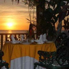 Отель Sea Splash Resort гостиничный бар