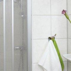 Отель Arche Германия, Берлин - отзывы, цены и фото номеров - забронировать отель Arche онлайн ванная фото 2
