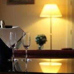 Отель Leonardo Prague Чехия, Прага - 12 отзывов об отеле, цены и фото номеров - забронировать отель Leonardo Prague онлайн гостиничный бар