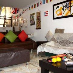 Отель Colombian Home Hostel Cali Колумбия, Кали - отзывы, цены и фото номеров - забронировать отель Colombian Home Hostel Cali онлайн комната для гостей