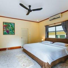 Отель 5 Bedrooms Pool Villa Behind Phuket Z00 Таиланд, Бухта Чалонг - отзывы, цены и фото номеров - забронировать отель 5 Bedrooms Pool Villa Behind Phuket Z00 онлайн комната для гостей