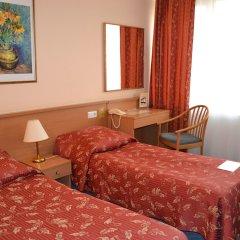 Гостиница Лыбидь Киев комната для гостей