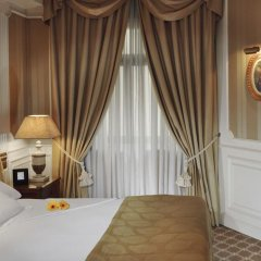 Отель Gran Melia Fenix - The Leading Hotels of the World сейф в номере