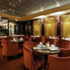 Отель Hôtel Courcelles Étoile гостиничный бар