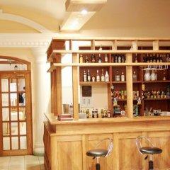 Hotel Aliq гостиничный бар