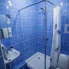 Гостиница Горлица в Глазове отзывы, цены и фото номеров - забронировать гостиницу Горлица онлайн Глазов ванная фото 2