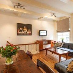 Апартаменты Old Masters Apartment комната для гостей фото 4
