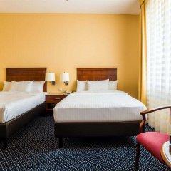 Отель Courtyard by Marriott Warsaw Airport комната для гостей фото 5