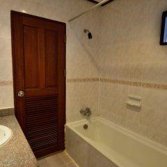 Отель First Bungalow Beach Resort ванная фото 2