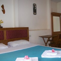 Отель Chaiyapoon Inn Таиланд, Паттайя - отзывы, цены и фото номеров - забронировать отель Chaiyapoon Inn онлайн комната для гостей